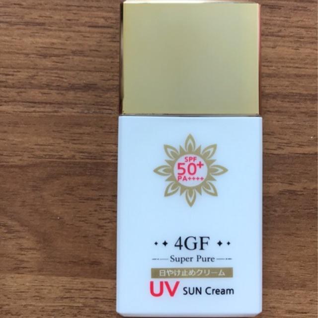 ครีมกันแดด 4GF super pure uv sun cream spf50+ PA++++ made in japan