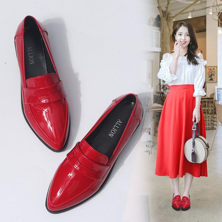 รองเท้าคัชชูหนัง หัวแหลม สำหรับผู้หญิง