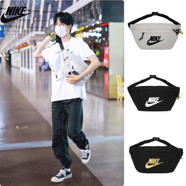 กระเป๋าสะพายข้าง Nike ของแท้ Queen Yibo มีความจุขนาดใหญ่กระเป๋าคาดเอว Nike กระเป๋าสะพายชายเป้