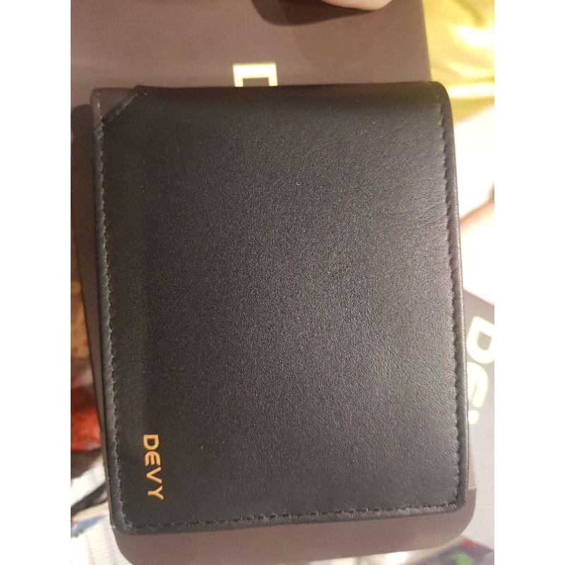 กระเป๋าสตางค์ DEVY ของแท้100% มือ1 ลดราคา มีช่องใส่เหรียญ ส่งฟรีแบบธรรมดา