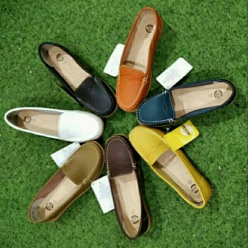 CSB SHOES รองเท้าหนังแท้  รองเท้าคัชชูนิ่ม พร้อมลุยใส่สบาย รองเท้าโลฟเฟอร์ Size. 36/กรม
