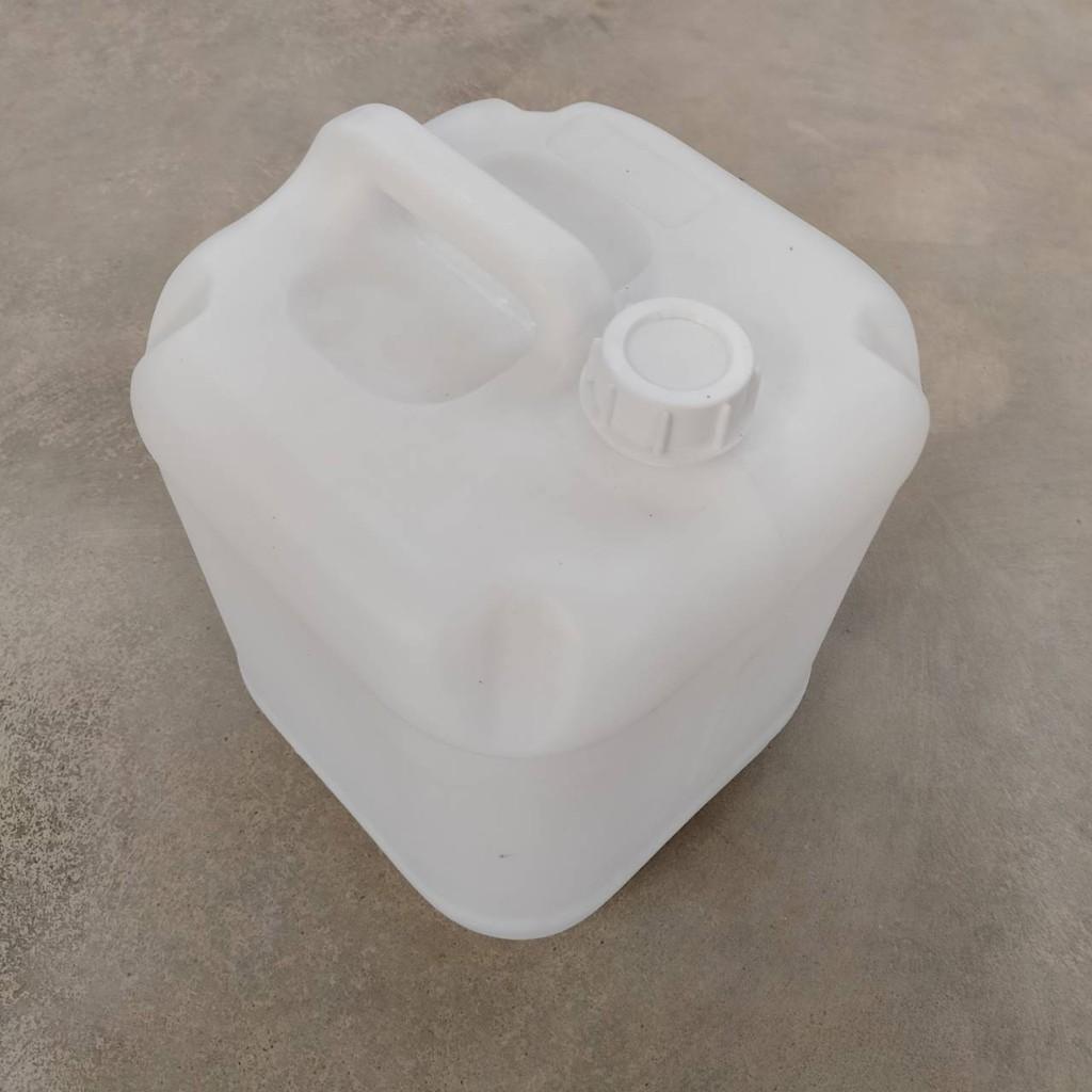 แกลลอนน้ำ ถังน้ำ ความจุ 20 ลิตร แกลลอนทรงเหลี่ยม แกลลอนพลาสติก ถัง ถังใส่น้ำ แกลลอนใส่น้ำดื่ม ถังแกลลอน แกลลอนใส่สารเคมี