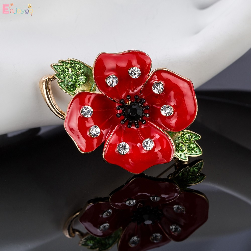 RED DAISY DIAMANTE FLOWERS 9 pcs EMBELLISHMENTS FOR CARDS AND CRAFTS