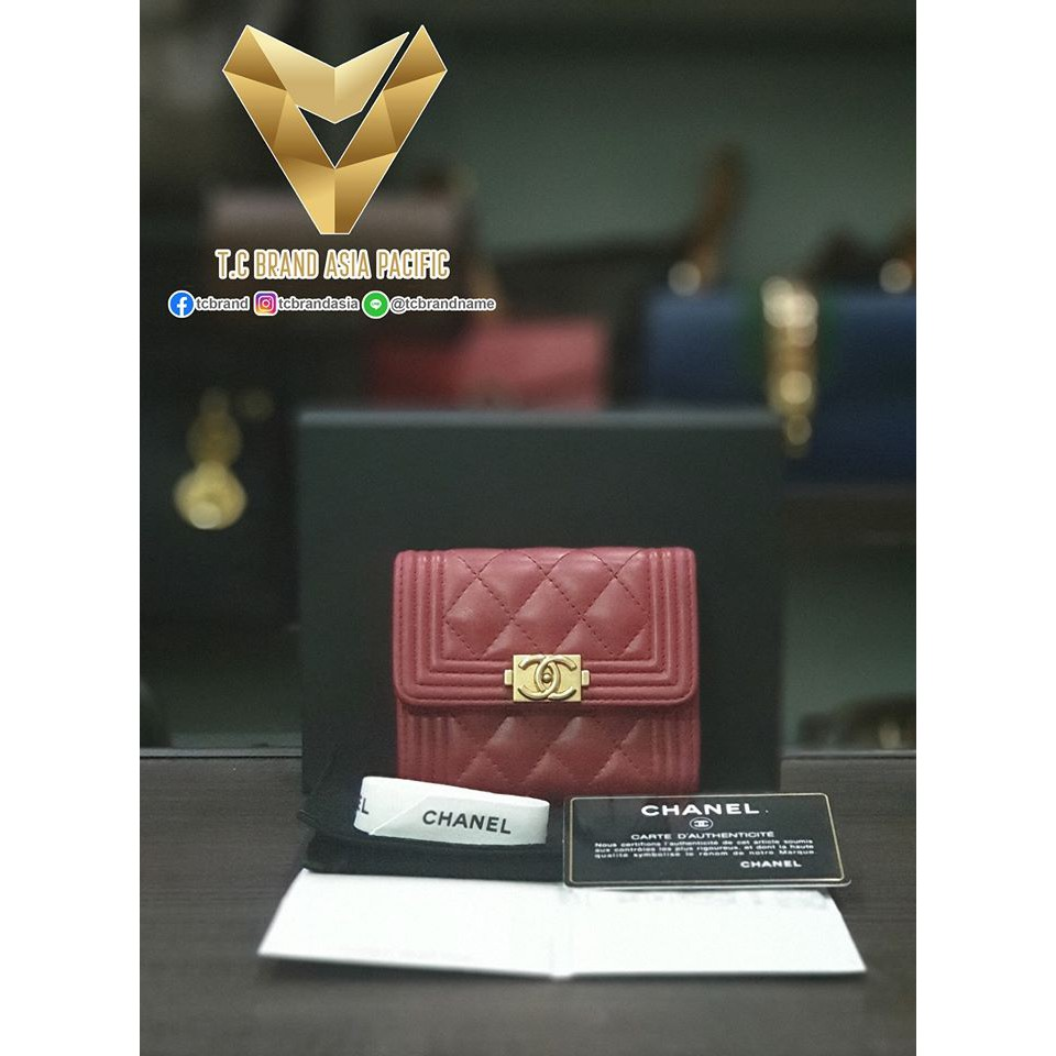 CHANEL Boy Small Lambskin Wallet GHW (Red) Holo 26