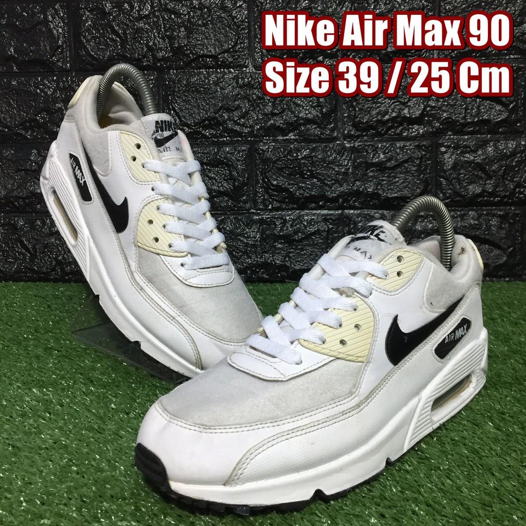 Nike Air Max 90 รองเท้าผ้าใบมือสอง Size 39 / 25 Cm