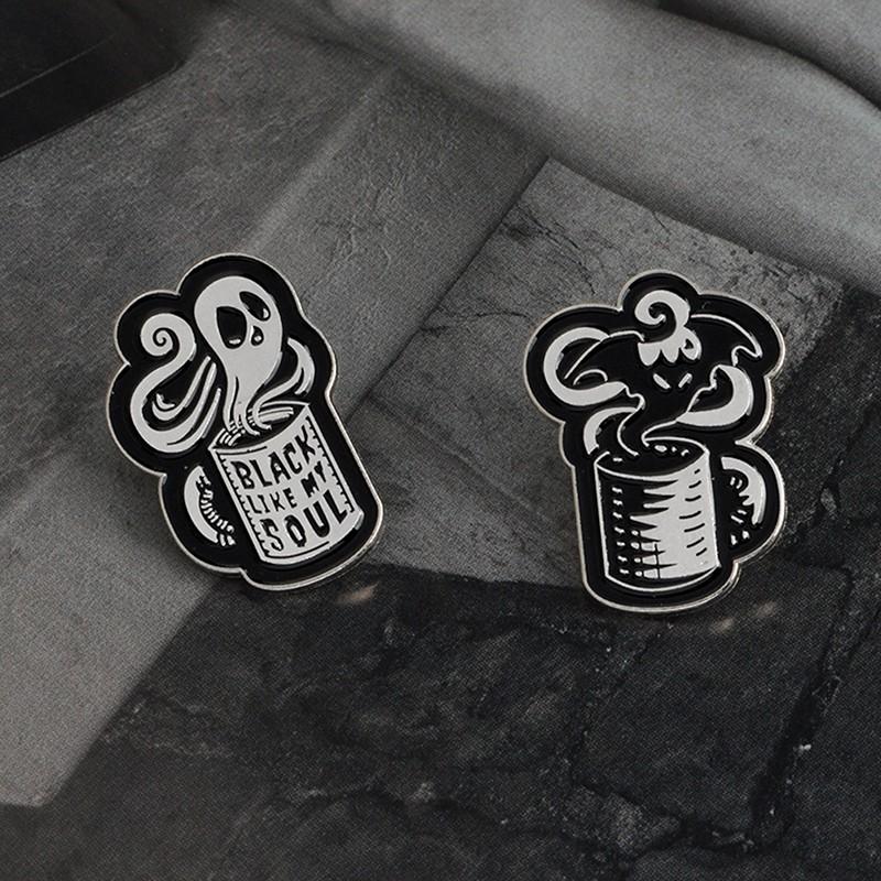 brooch Punk goth style black bat pin Halloween