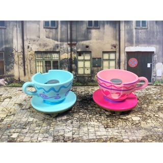 Tomica -Tokyo Disney Resort Limited Diecast Model Car - Alice's Coffee Cups