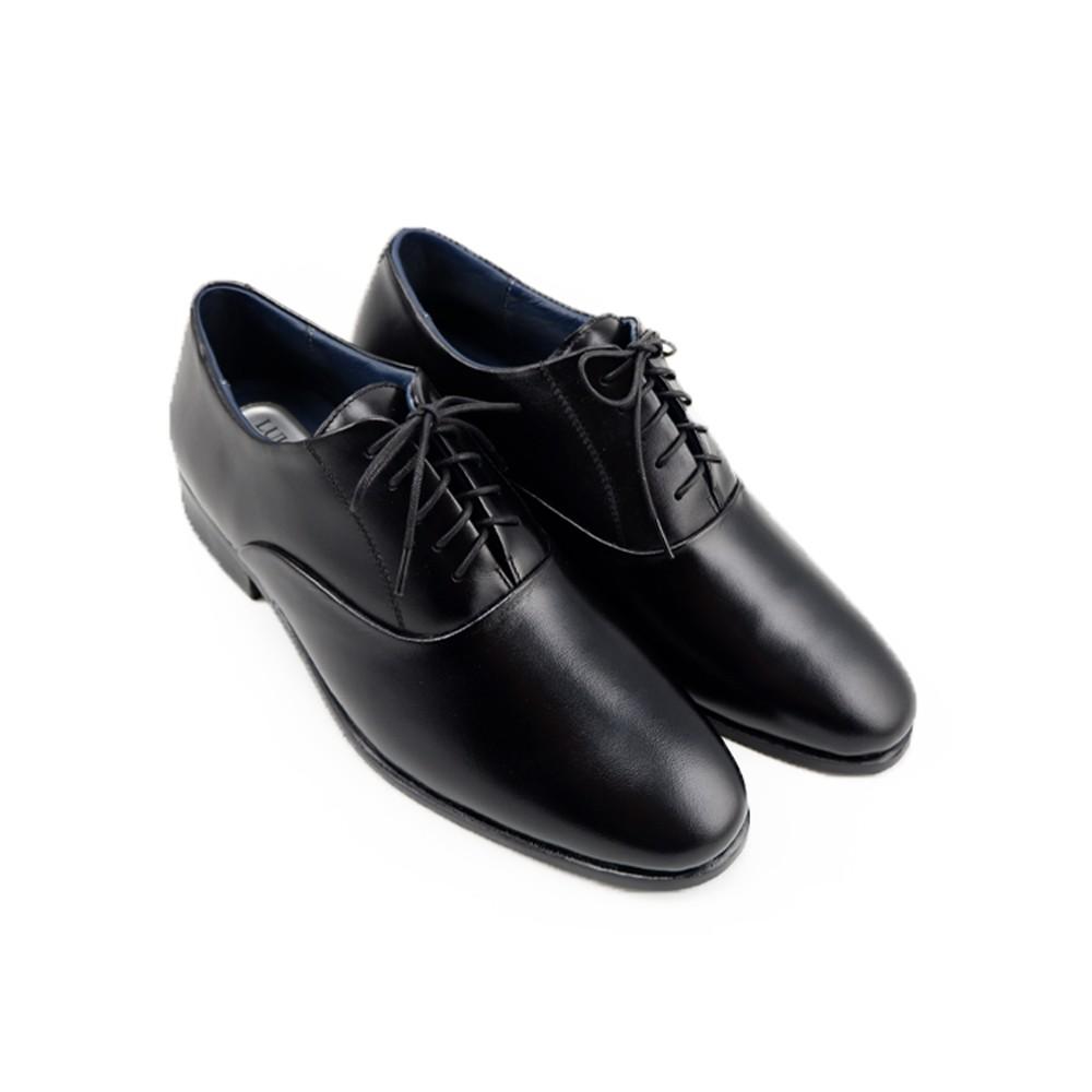 LUIGI BATANI รองเท้าคัชชูหนังแท้ รุ่น LBD690-51 สีดำ