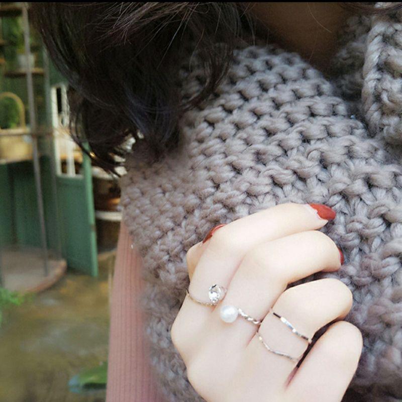 แหวนมินิมอล แหวน เซตละ 4 วง มีสีเงินและสีทอง ใส่แล้ว เรียบหรู มินิมอล ยกเซต 19 บาท ราคาถูกที่สุด