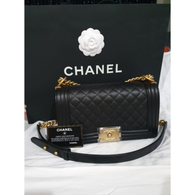"Chanel Boy size 10"" caviar holo28 New"