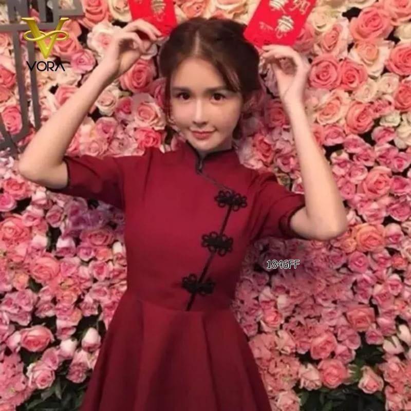 ❤️เดรสกี่เพ้า ชุดกี่เพ้า ชุดใส่ตรุษจีน  เนื้อผ้าซาร่า กระโปรงบานทรงทวิส นางแบบใส่งานจริงถ่ายค่ะ (ทักก่อนโอนจ้า)