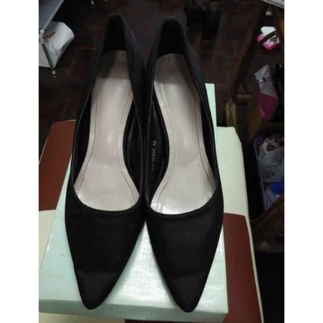 รองเท้าคัชชู Shuberry