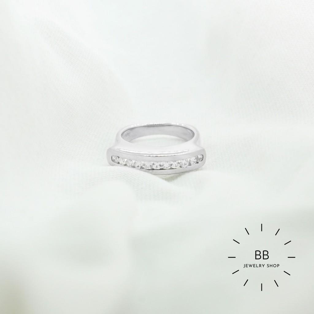 แหวนเงินแท้ 925 ประดับด้วยเพชรสวิส พร้อมชุบทองคำขาว น่ารัก ราคาถูกๆ