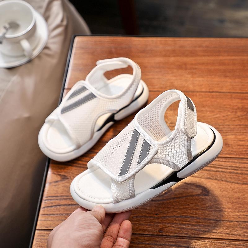 ! ขายด่วน ! รองเท้าเด็กผู้หญิงที่ดี รองเท้าแฟชั่น รองเท้าคัชชู Shoe