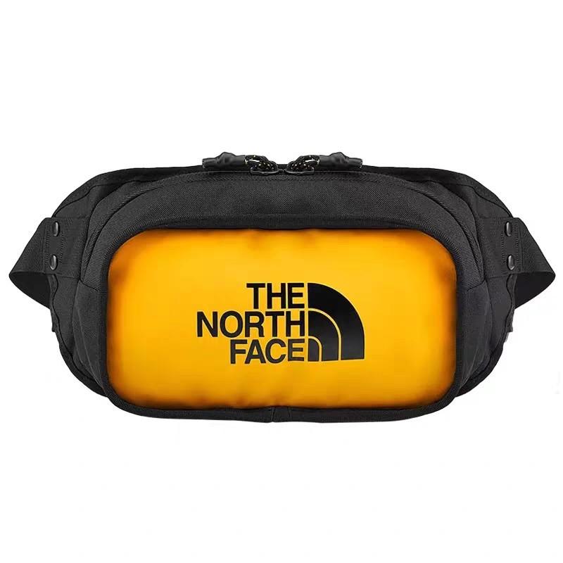 The North Face ผู้ชายและผู้หญิง สตรีทแฟชั่น การเคลื่อนไหว กระเป๋าสะพาย กระเป๋าคาดเอว 1:1