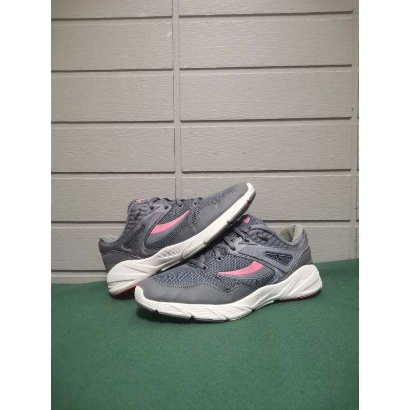 Fila 39 รองเท้า Fila Disruptor ฟิล่า รองเท้าผ้าใบ รองเท้ากีฬา รองเท้าวิ่ง รองเท้าผู้หญิง รองเท้ามือสอง