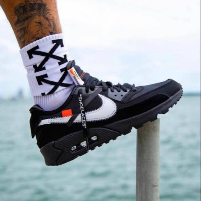 Off White X Nike Airmax 90 รองเท้าผ้าใบสีขาวดําขนาด 40-44