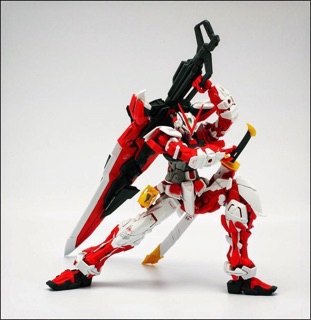 Image # 1 of Review MG  MBF-P02KAI Gundam Astray Red Frame kai
