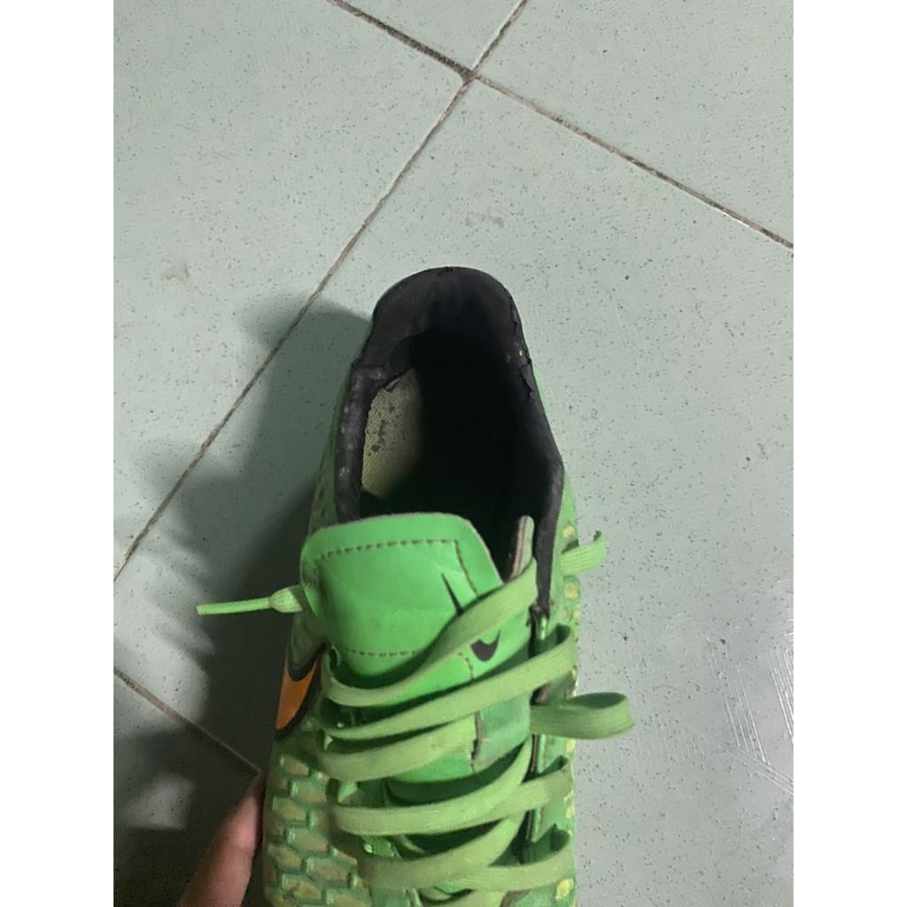รองเท้าฟุตบอลnikeมือสอง