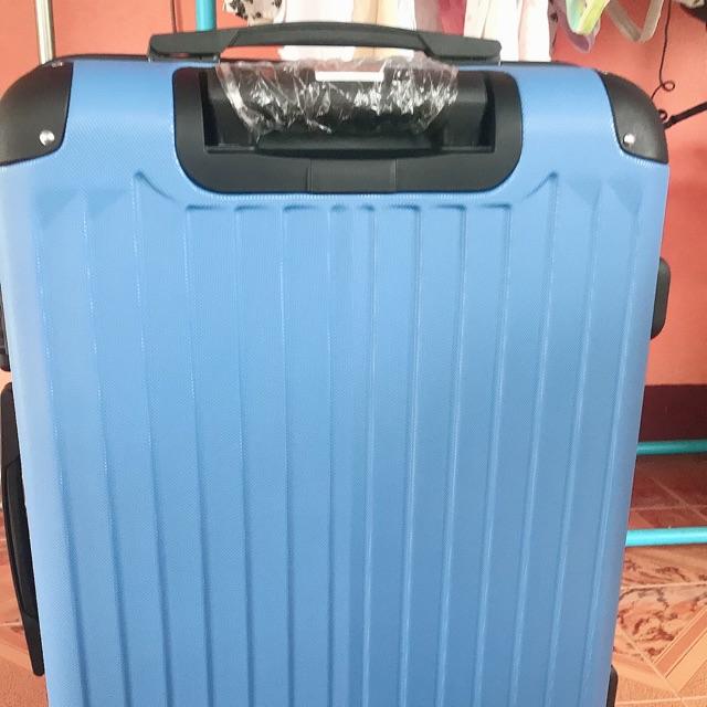 """กระเป๋าเดินทาง 24"""" สีฟ้า"""