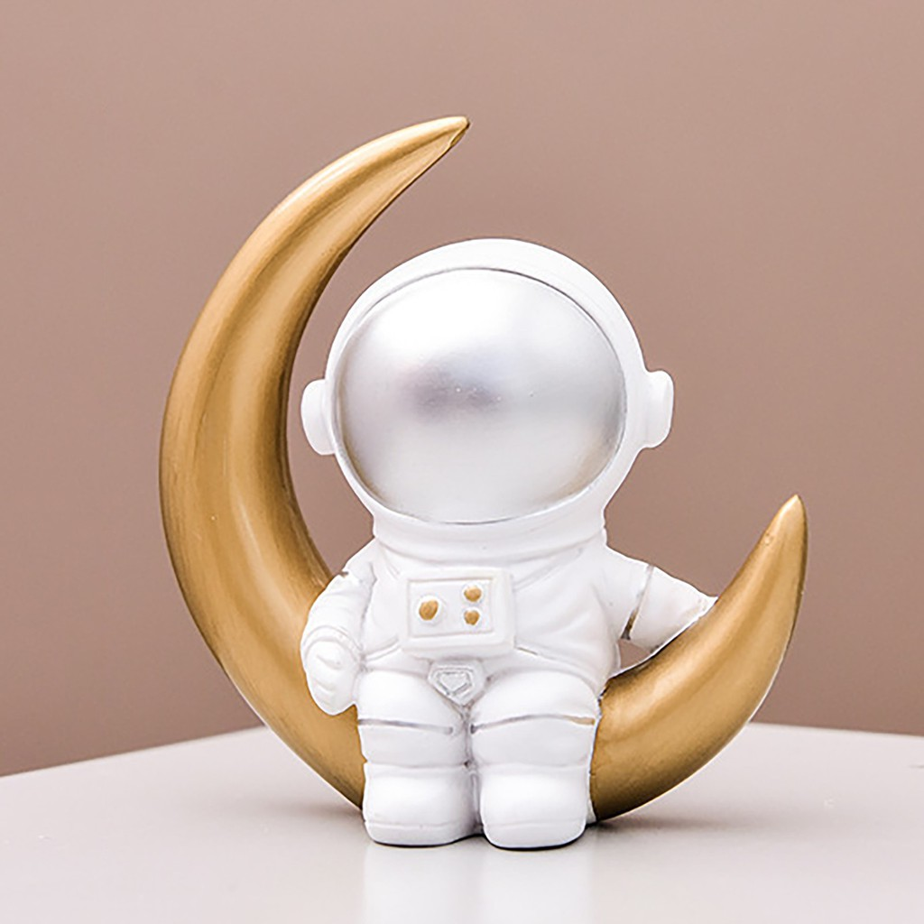 Astronaut Figure Toy Mini Nordic Resin Astronaut Doll Model Dollhouse Garage Kit Decor Toys Kids Gift Party