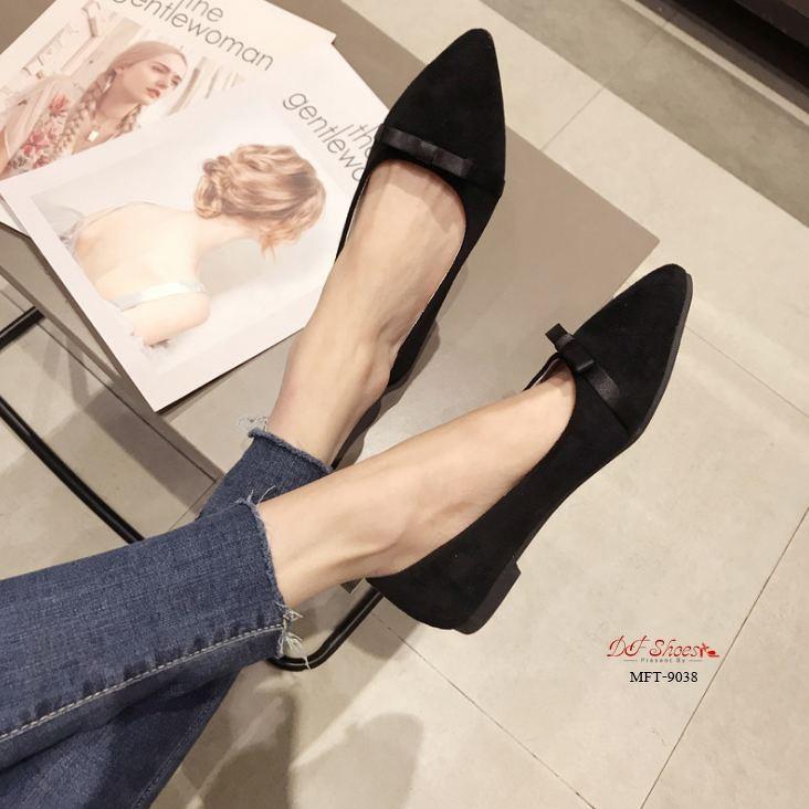 รองเท้าคัชชูส้นเตี้ย  รองเท้าคัชชูหัวแหลม ผ้าสักหลาด สีดำ (ส่งฟรี ลทบ.)