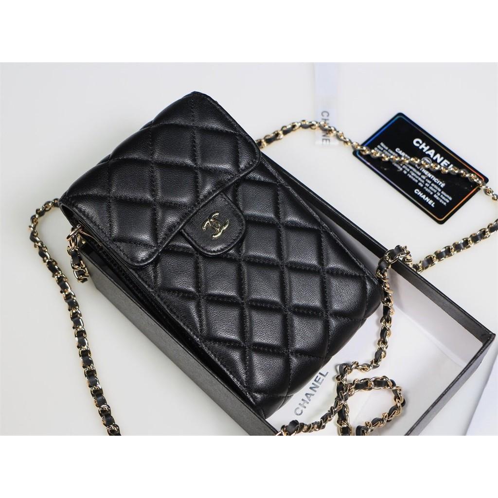 ยอดนิยมมากกระเป๋าสะพายข้างใส่โทรศัพท์มือถือ Chanel A 688