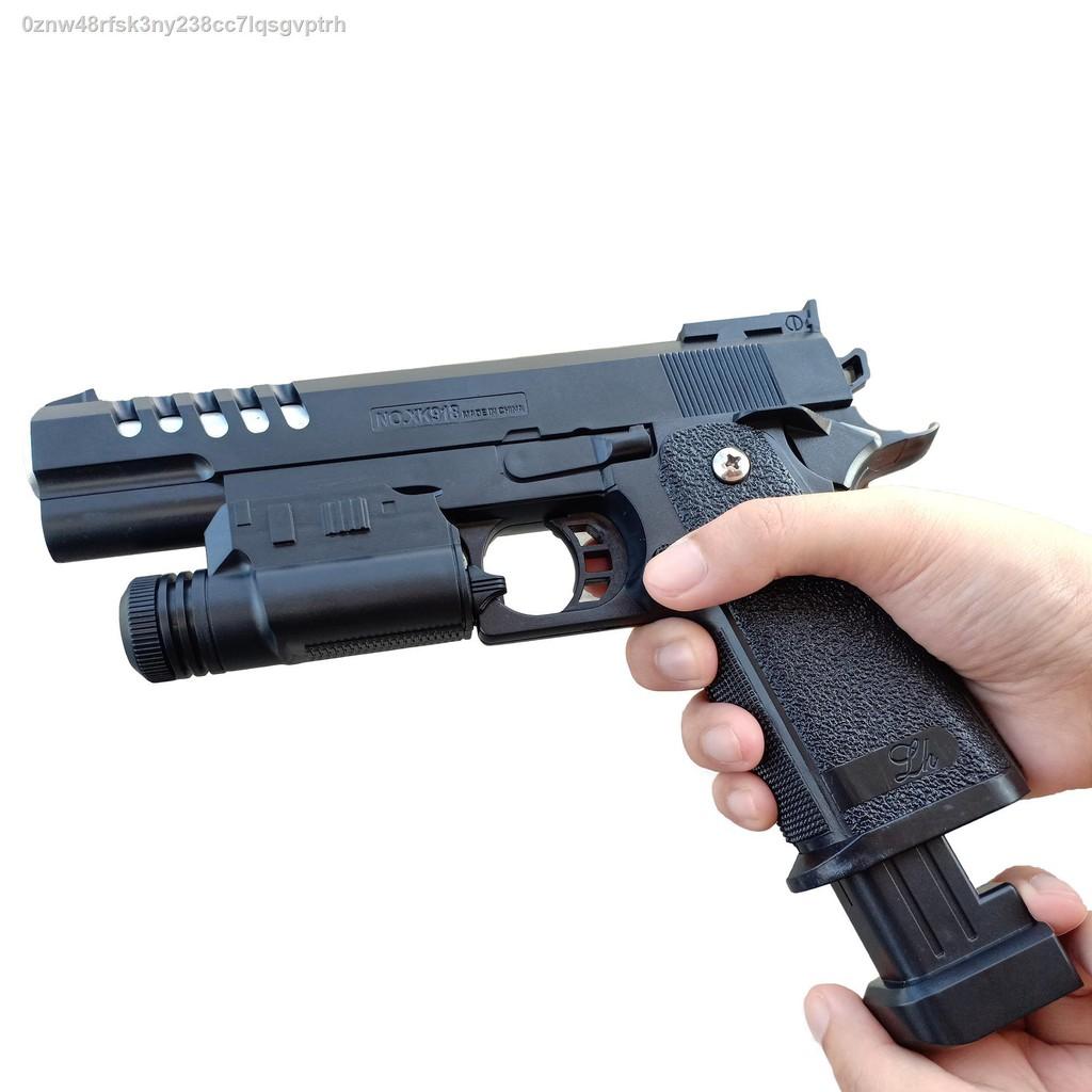 【มีสินค้า】№◕❡ปืนยิงปืนอัดลมยิงศัตรูปืนสั้นอัดลมปืนบีกันสีดำงานสวยตัวปืนมีอาวุธติดอาวุธยิง 8-10m XK918
