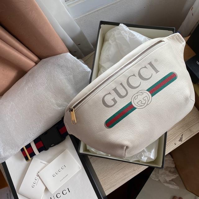 Used like new gucci belt bag