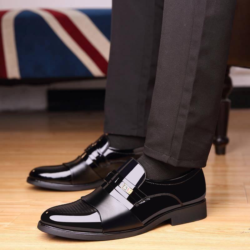 รองเท้าชาย รองเท้าคัชชูผู้ชาย รองเท้าหนังผู้ชายธุรกิจรองเท้าทางการอังกฤษเกาหลีรุ่นเท้ารองเท้าหนังลำลองสีดำเยาวชนทำงานรอง