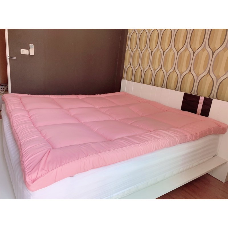 ที่นอน topper topper 5 ฟุต NT Luxury Topper ขนห่านเทียม แบบนุ่มเด้ง รุ่น Economy 5 ฟุต สูง 3 นิ้ว สีชมพูรุ่นลิมิเต็ด