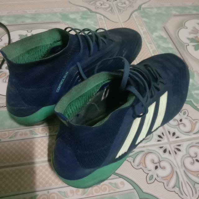 รองเท้าฟุตบอล สตั๊ด Adidas ของแท้ มือสอง