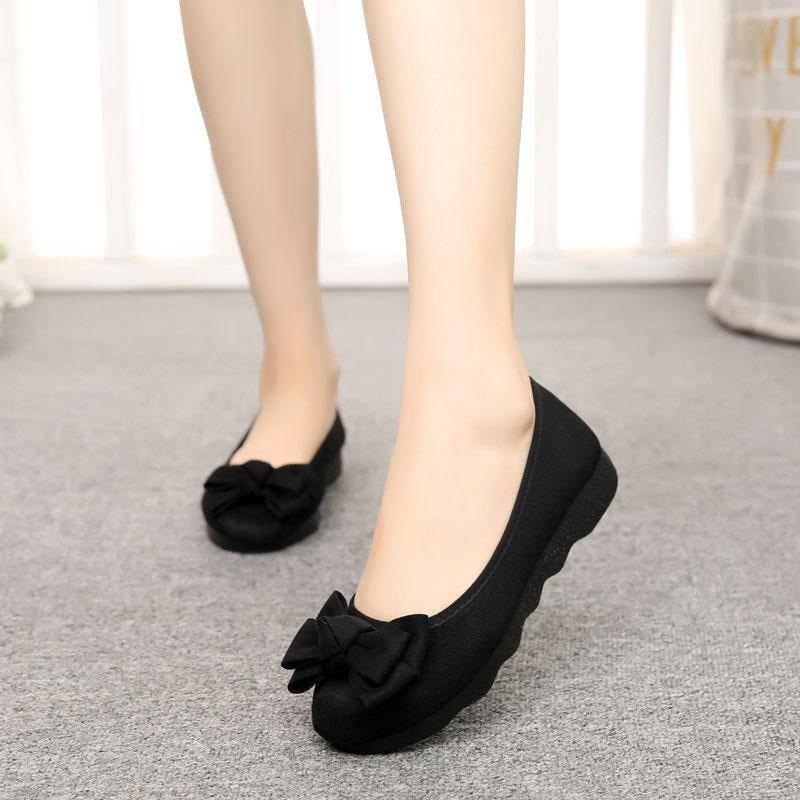 รองเท้าคัชชู Old Beijing ผ้ารองเท้าหญิงแฟชั่นใหม่หนาชั้นล่าง Peas รองเท้าเพื่อทำงานรองเท้าทำงานสีดำด้านล่างนุ่มไม่เหนื่อ