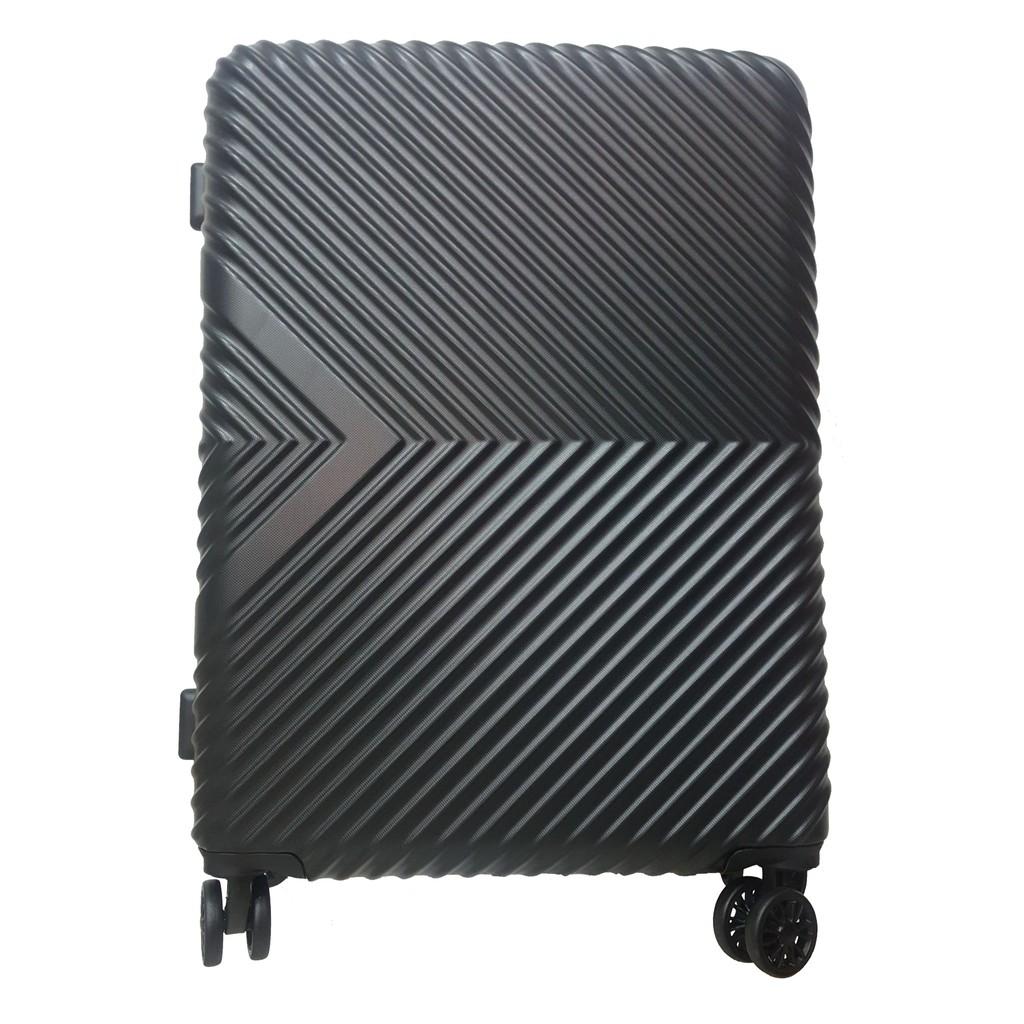 กระเป๋าเดินทาง ล้อลาก 24 นิ้ว CAGGIONI LUGGAGE มูลค่า 4,200 บาท