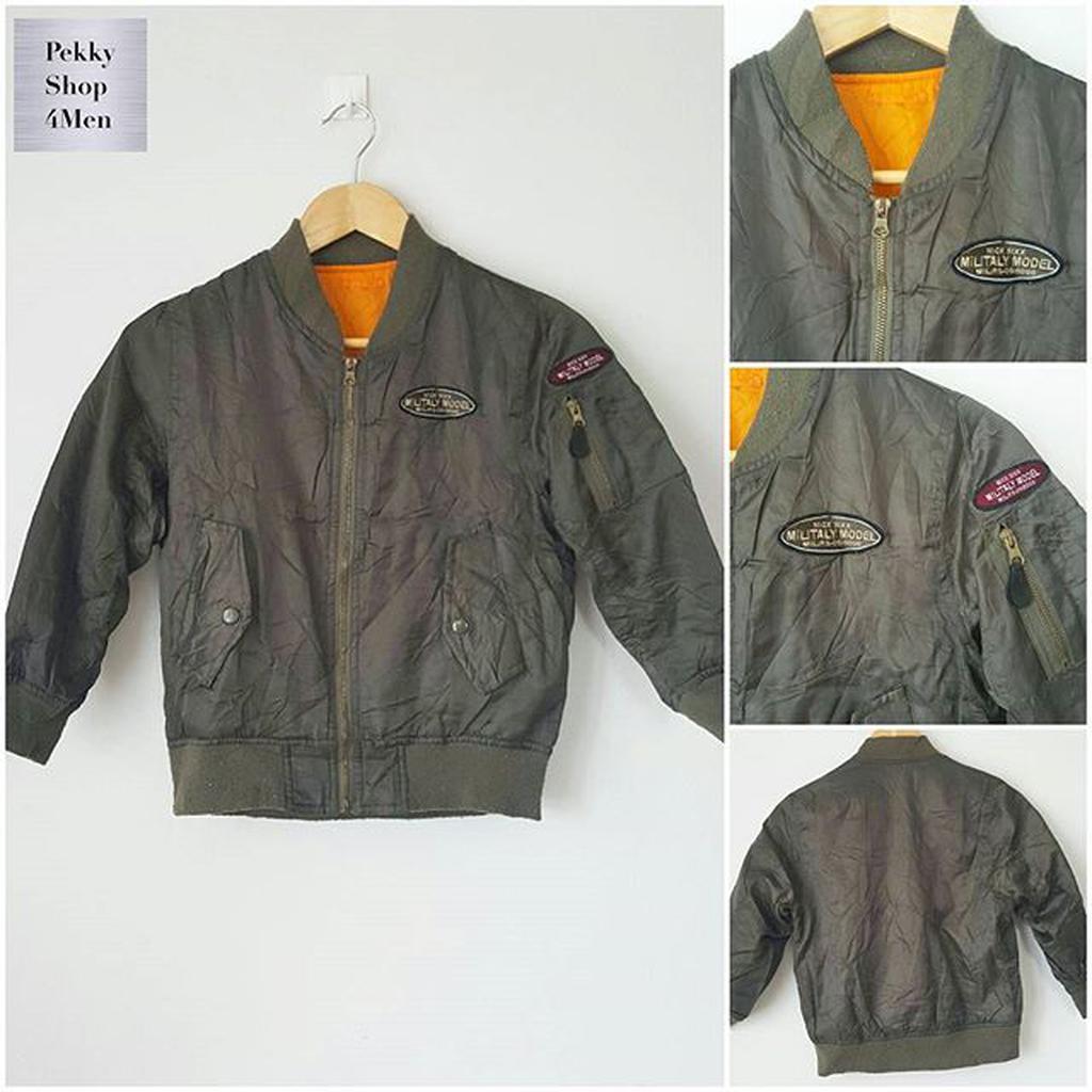 Used Jacket Flight Detial