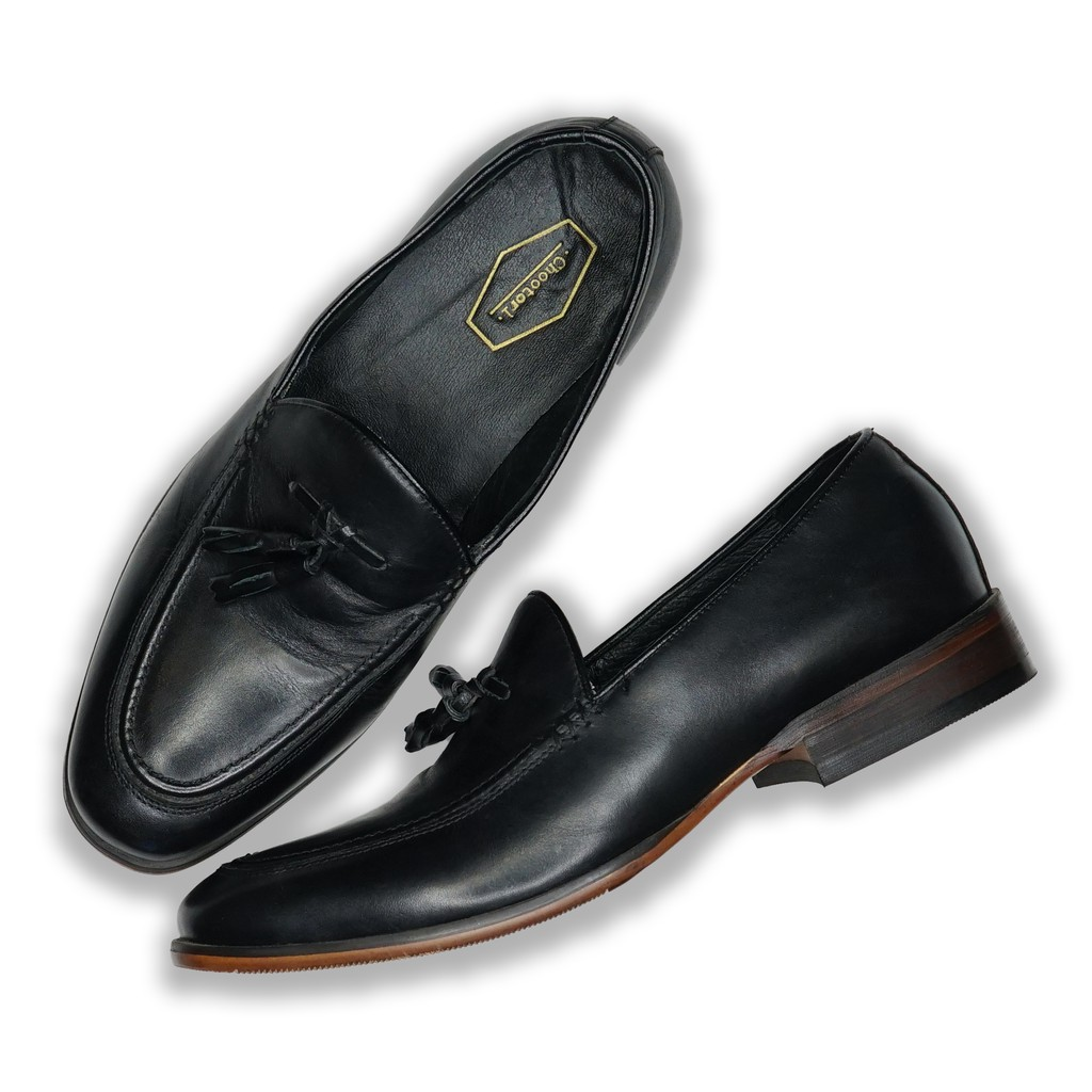 SUITCUBE รองเท้าคัชชูหนังแบบมีพู่สีดำผู้ชาย สวมใส่แล้วนุ่มสบายเท้า ราคาพิเศษที่นี่เท่านั้น รุ่น 755-X1-BLK