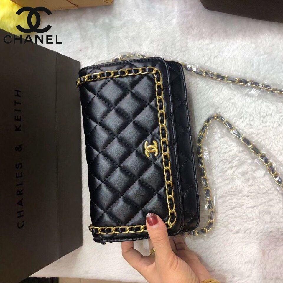[Retro classic] CHANEL Vintage luxury Shoulder Crossbody bag Girl's Women's Sling bag