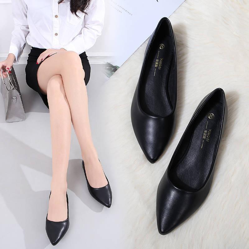รองเท้าคัชชู ร้องเท้า รองเท้าผู้หญิง ✩รองเท้าแบนรองเท้าเดียวหญิง 2020 ฤดูใบไม้ร่วงใหม่รองเท้าปากตื้นชี้สีดำโรงแรมที่จะทำ