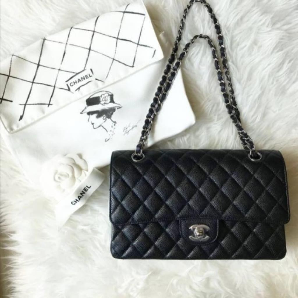 """Used.Chanel  Classic.10""""SHW. HOLO14"""