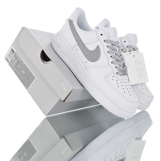 Nike AIR Force 1 รองเท้ากีฬาผู้ชายสะท้อนแสงคงที่