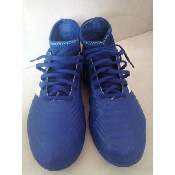 รองเท้าเตะฟุตบอล adidas มือสอง