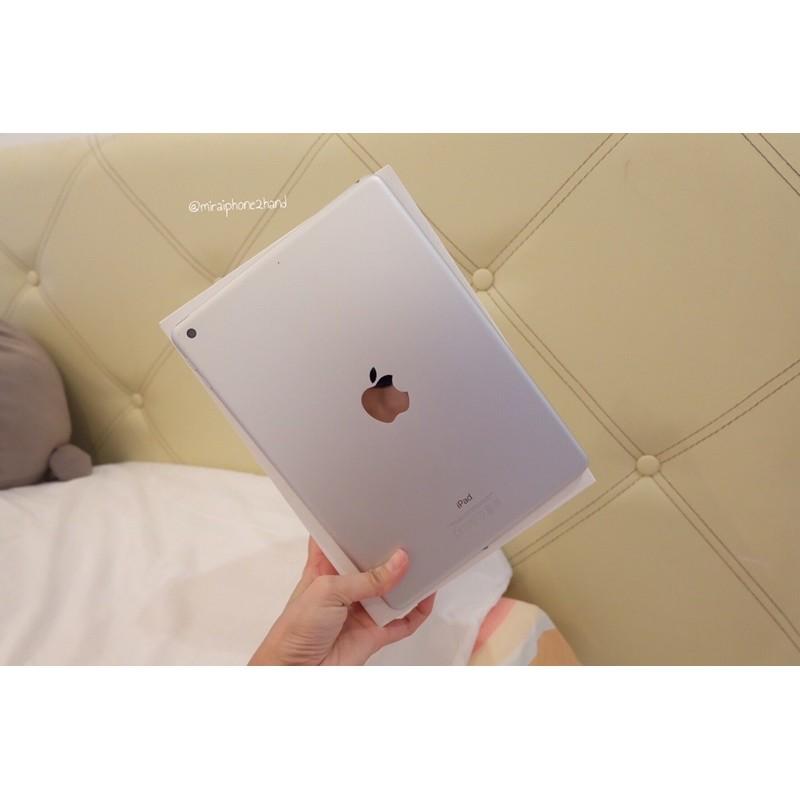 iPad Gen 5 32GB Wifi Only สี Silver มือสอง หน้าจอกว้าง 9.7 นิ้ว พร้อมส่ง