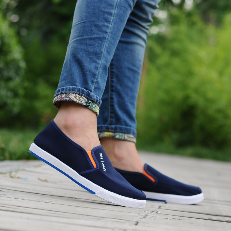 ?สามารถสวมใส่ได้ไม่กี่ปี ? รองเท้าผ้ากันลื่นรองเท้าผ้าใบลำลองระบายอากาศ รองเท้าผ้าใบวิ่ง