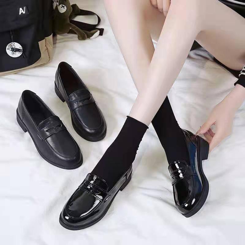 ร้องเท้า รองเท้าผู้หญิง รองเท้าคัชชู ❖2021 ฤดูใบไม้ผลิใหม่รองเท้าหนังขนาดเล็กหญิง Ying Zhongzhong กับหนาสีดำรองเท้า Lefu