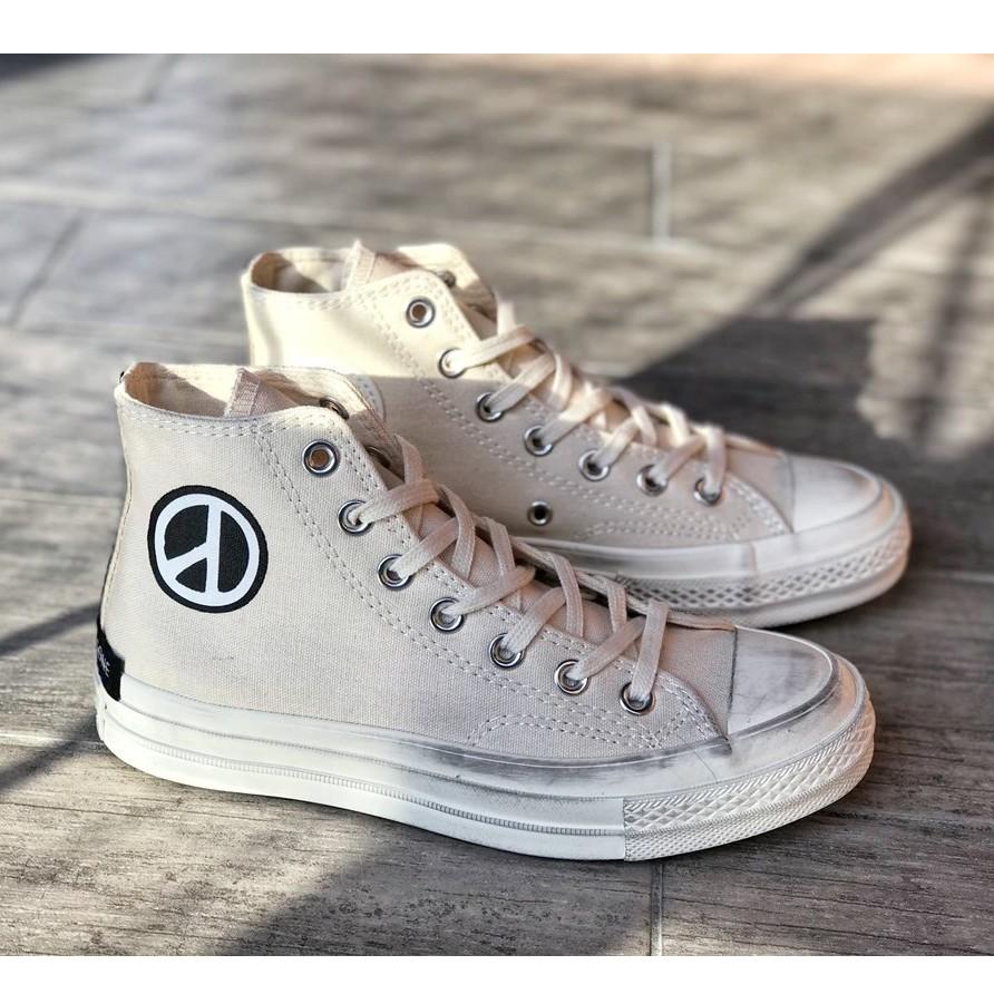 รองเท้าผ้าใบ PEACEMINUSONE X CONVERSE Daisies สีเบจ