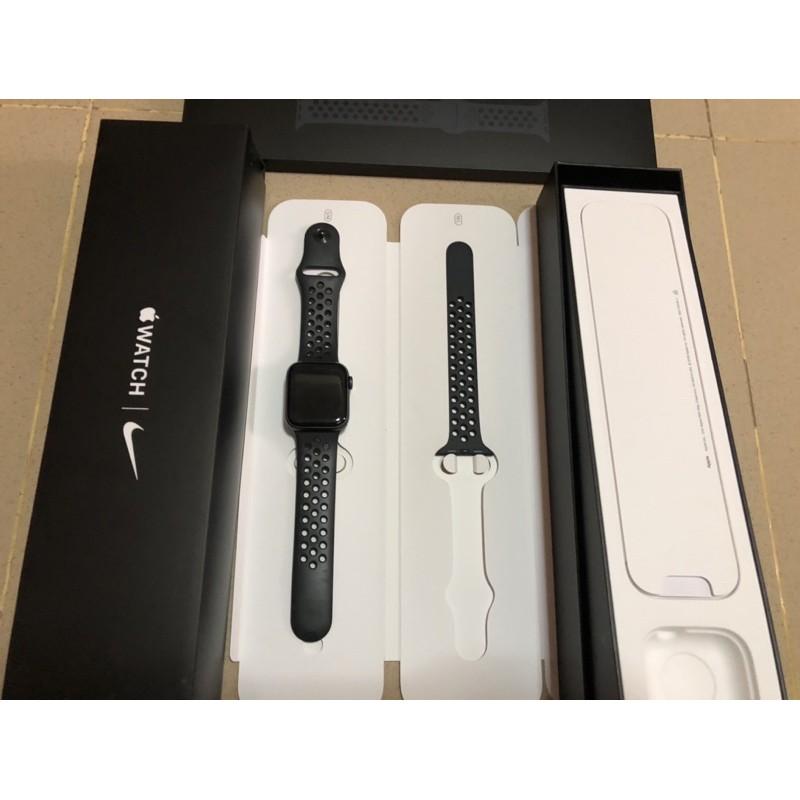 Apple Watch Nike Series 5 GPS + Cellular 40mm