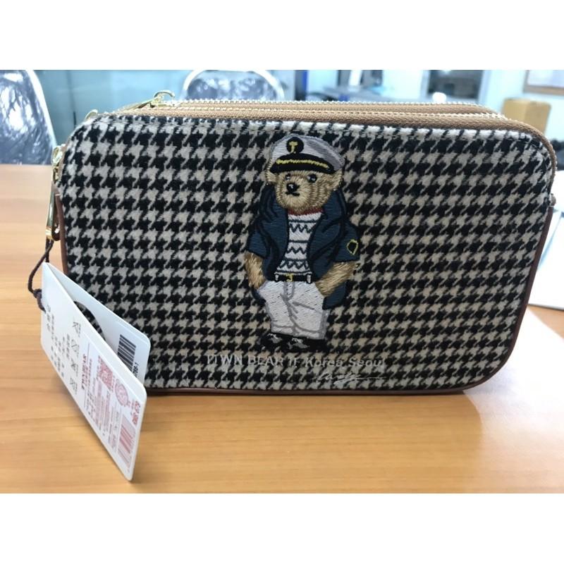 กระเป๋าสามซิป มือ 1 แบรนด์ TTWN BEAR พร้อมส่งจ้า!!!!