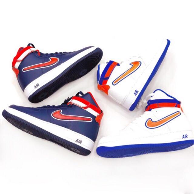 Nike Air Force 1 High ผ้าใบหุ้มข้อ สีขาวและสีกรม แท้</div>             </div>   </div>       </div>     <div class=