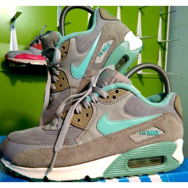 Nike airmax 90 ไซ้ 37.5-23.5 มือสองแบรนด์แท้