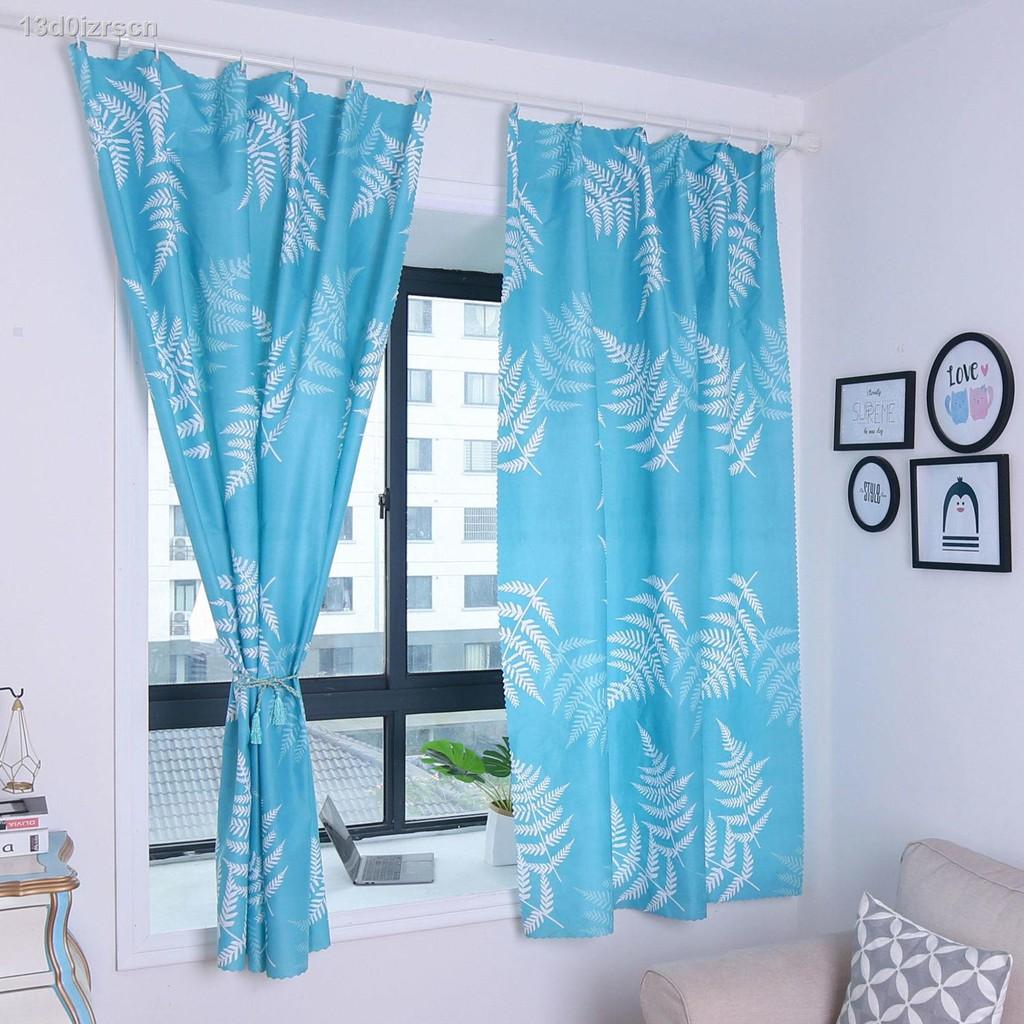 ﹊[ผลิตภัณฑ์สำเร็จรูปที่ไม่มีการเจาะรู] ผ้าม่านแบบสั้นสำหรับบังแดดห้องนอนหอพักนักเรียนหน้าต่างที่ยื่นจากผนังเพื่อความเป